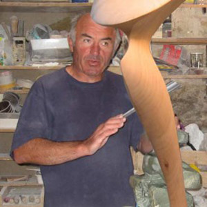 Joel Strill sculpteur à Vannes en Bretagne sud en France