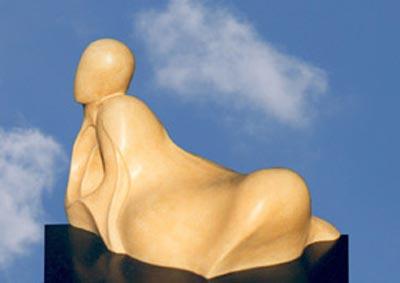 Sculpture Pierre Plénitude en Tuffeau des bords de Loire